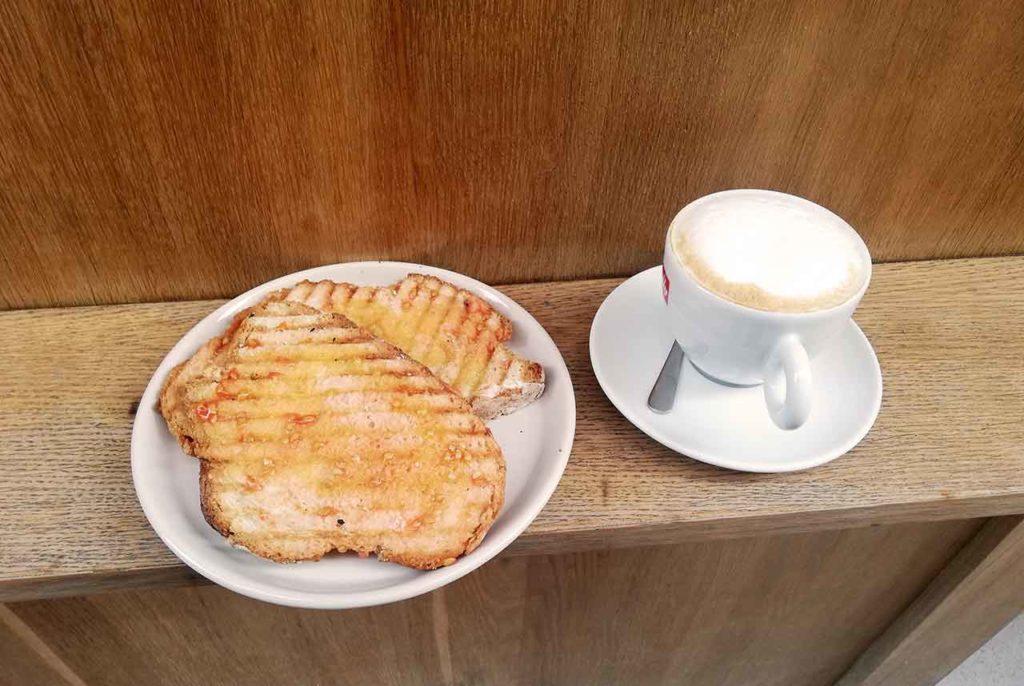 Frühstück in Barcelona