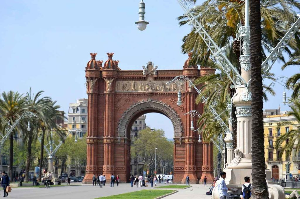 Barcelona City Tour: Haltestellen, Preise, Tickets & Infos